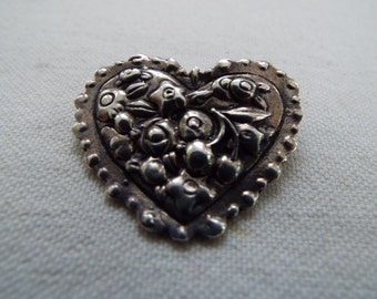 Art Nouveau repousse sterling silver heart pin brooch Valentines Day