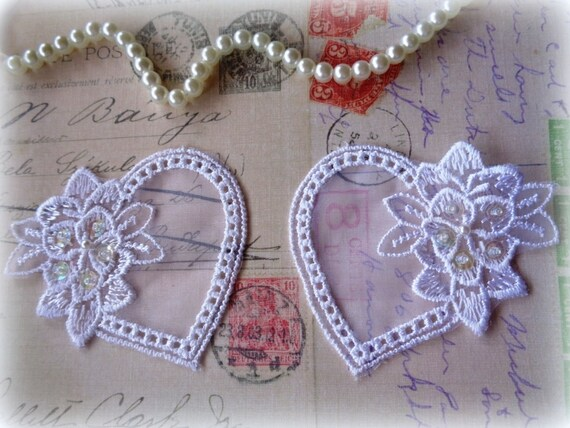 Hearts & Flowers Lace Applique, White, x 2, For Bridal, Apparel, Accessories, Costumes, Mixed Media