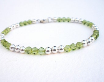 Natural Gemstone Peridot 4mm Round Beads - 925 Sterling Silver Bracelet