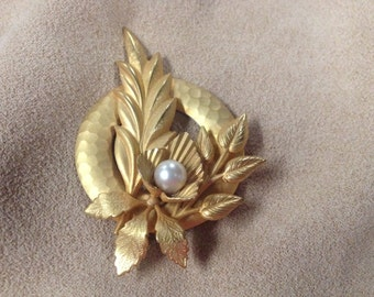 Vintage Goldtone Floral Design with Faux Pearl Pin/Brooch, 2 3/4'' Long, 2'' Wide