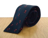 Vintage Golf Club Tie / preppy Paddle necktie / men's navy blue, red and white ball & tee pattern