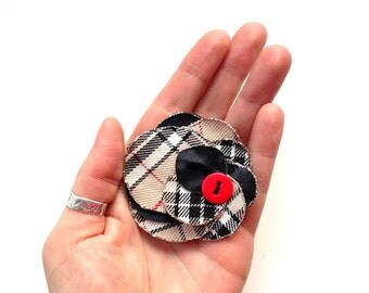 A stylish, cute flower for brooch or hair in a tartan fabric, summer fashion, scottish, plaid, upcycling, free shipping