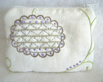 Vintage Cream Linen Small Hand Embroidered Coin Purse