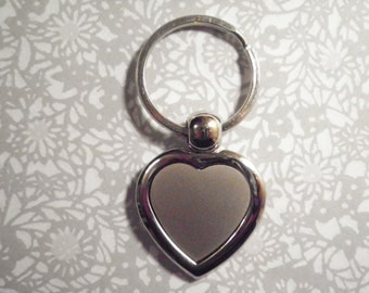 2 Vintage Silverplated Engraveable Heart Key Rings
