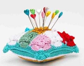 Crochet pattern pincushion