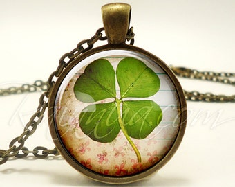 Lucky Necklace, St Patricks Day Green Four Leaf Clover Pendant, Good Luck Charm (1937B1IN)