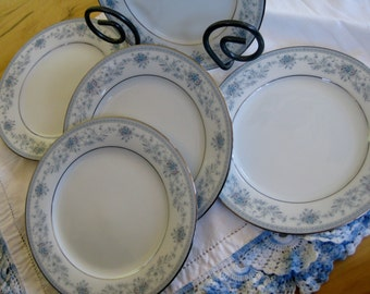 Noritake Blue Hill  Dinner  Plates Set of 5 Very good