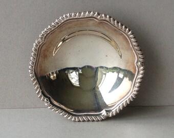 Vintage round silver plate bon bon dish Silver plated trinket bowl Silverplate candy bowl Sweet dish