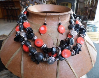 Chunky western three strand black and salmon coral necklace and earring set #NK15