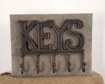 key hooks, Key holder, rustic key hook, barn wood, home organizer, wall key rack, leash holder, office organizer, key hanger