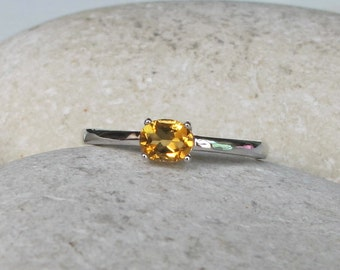 Dainty Citrine Stackable Ring- November Birthstone Silver Ring- Small Yellow Topaz Ring- Children Oval Shape Ring- Midi Pinky Thumb Ring