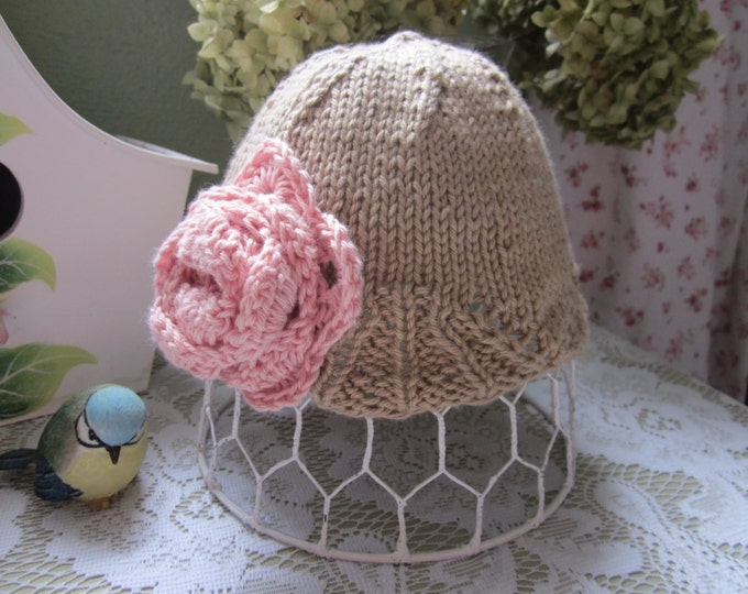 Large Rose Baby Hat, Baby Girl Hat, 0-3 Month. Beautiful Photo Prop Hat
