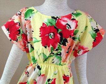 Size 5T......Yellow Floral Tonic Dress....Made and ready to be shipped!!