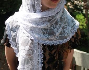 Lace Chapel Veil / Long White Mantilla / Catholic Headcovering / Floral Prayer Veil / Retro Veil.