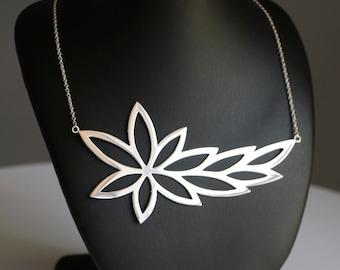 Sterling Silver Leaf Necklace.
