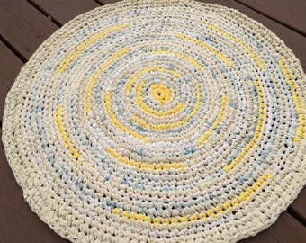 "Rag Rug in Yellow Shades 28"" Round"