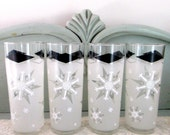 1950s Snowflake Drinking Glasses ,White Christmas Midcentury Modern Glasses, set of 4 drink glasses ,50s barware