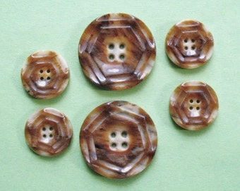 Vintage resin (plastic) buttons, a set of 6 with a hint of Deco, mottled browns, 2 for the front of a garment, 4 for the cuffs c1930's.