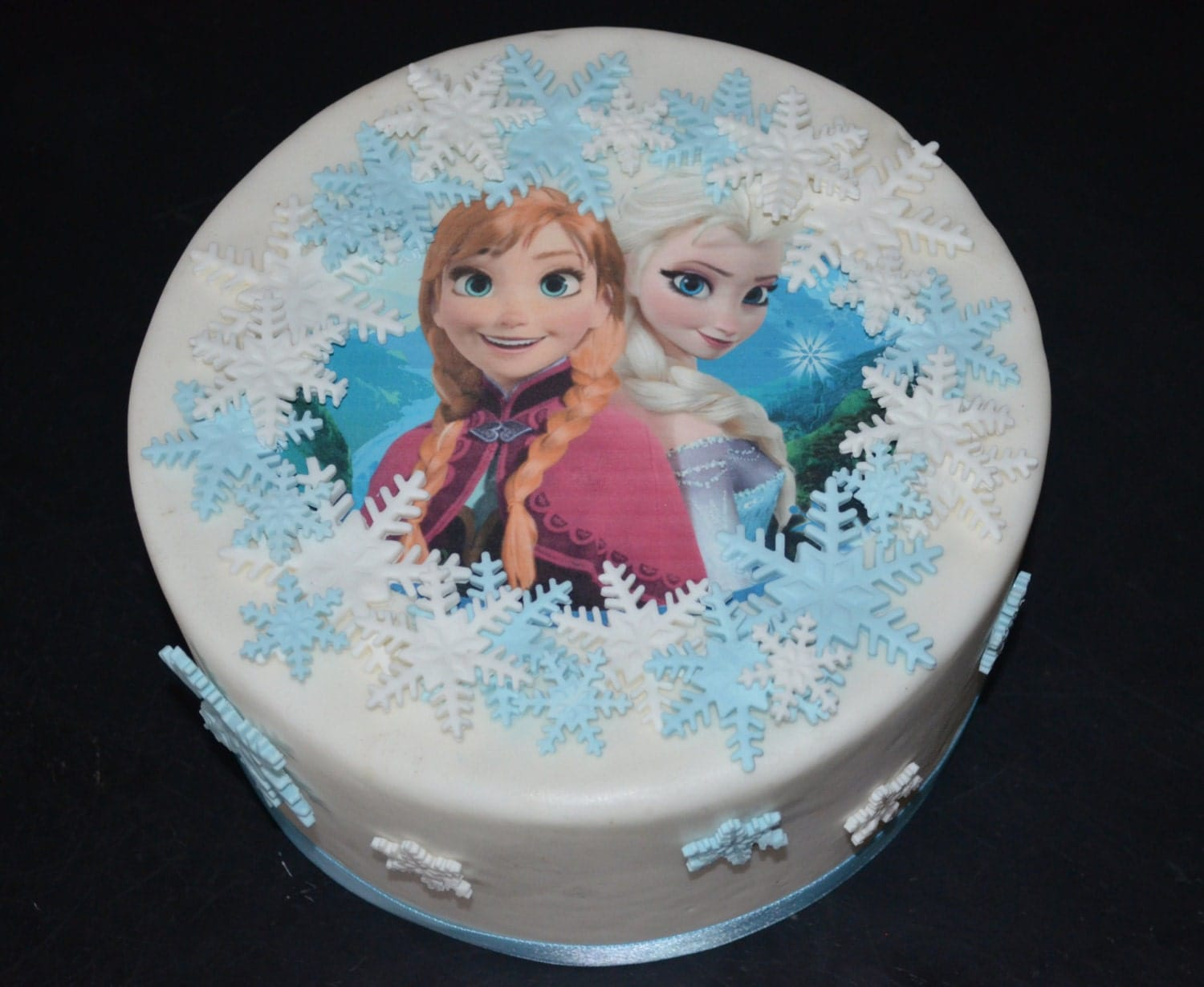 Frozen Cake Decoration Images : Ready to Ship Frozen Cake Decorating Kit