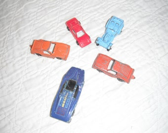 Set of 5 little Tootsie cars