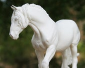 Shire Resin Model Horse Sculpture Figurine UNPAINTED Kit Blank Unfinished DIY Paint it Yourself Gift for Horse Lover