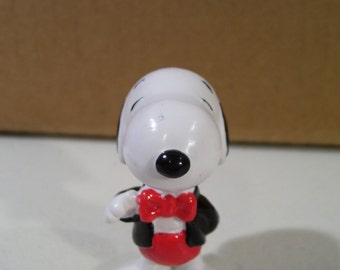 Vintage Peanuts Snoopy in Tuxedo Pvc Figure, Applause, New Condition