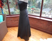 long black gown boned shaped corset top prom party goth wedding bridesmaid steampunk black long matt satin flared out skirt all lined