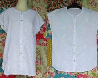 White cotton top, Summer top, Embroidery, Japanese style, Handmade, Crinkled cotton, White blouse, Tunic, Natural fibre, Pearl buttons.