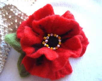 Red Poppy Felted Flower Brooch Pin,Wool Felt, Felted Wool, Felt Brooch, Flower Brooch, Pin, Felt Flower Pin, Beaded Flower