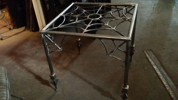 Spider webend tablehalloween coffee table goth gothic