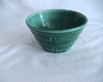 USA Green Ceramic Bowl Small Retro Basket Weave Vintage Shabby Chic Mid Century Pottery Antique Discoveries