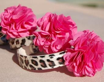 Modern leopard dog collar.beautiful hot pink and Golden flower dog collar. Pet collar, dog wedding collar.girl dog collar.Pet Birthday gift