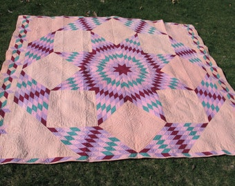 Antique Vintage Quilt Broken Star Lone Star Texas Star Quilt Circa 1930 Hand Made Cotton Solids Beautifully Hand Quilted Exceptional