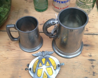 An Assortment of Vintage Collectables