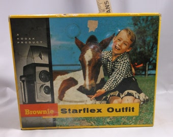 Vintage 1950s Kodak Brownie Starflex Bakelite Camera with Flash, Manual in Box Eastman Kodak .Not Tested epsteam
