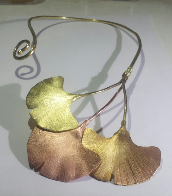 Open necklace 3 Ginkgo leaf in copper and brass