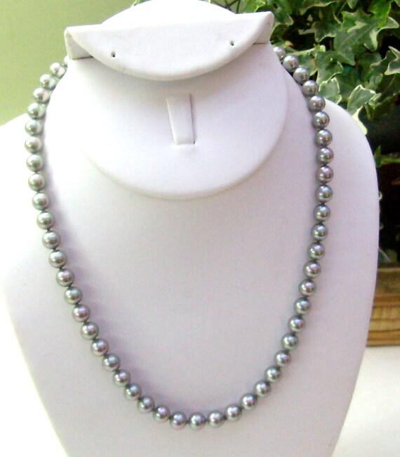 Sale Vintage Majorica Pearl Necklace Gray