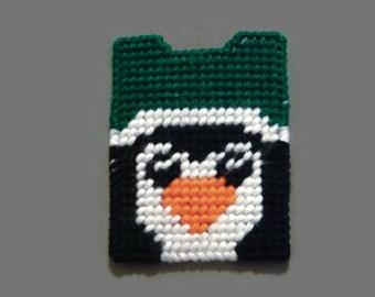 Plastic Canvas Gift Card Holder Penguin, needlecraft, Christmas gift,  Christmas gift card, giftcard holder, kids card, kids christmas