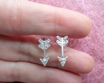 Arrow  crystal stud earrings