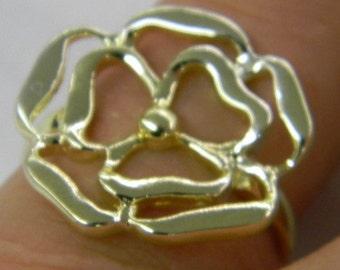 Sterling Silver 925 Wonderful Modern Flower Ring Size 9 1/4 #6111