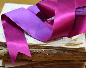 reversible fuchsia and violet satin ribbon