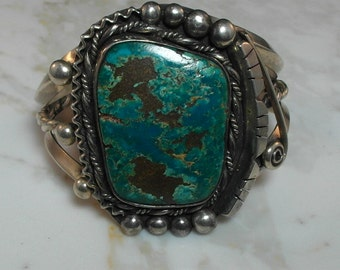 i Gorgeous Estate American Indian Sterling Silver Cuff
