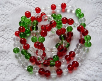30  Christmas Mix Red Emerald Green & Clear Round Transparent Glass Beads  6mm