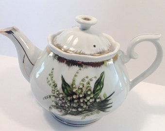 Vintage Napco Lily of the Valley hand painted teapot.