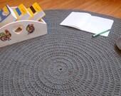 items similar to rund geh kelte deckchen teppich teppich h keln h keln teppich grau wei. Black Bedroom Furniture Sets. Home Design Ideas