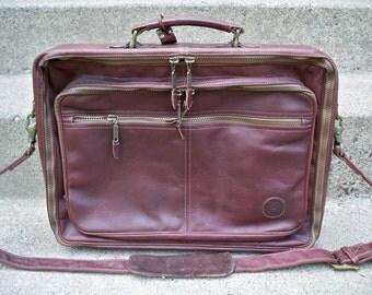 Vintage Made in Colombia Brown Supple Leather Hard Frame Messenger Shoulder Bag Metro Professional Briefcase Pack