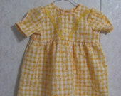 Dress size 1 Yellow Gingham w Daisy (on sale)