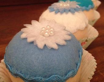 Felt play food- felt cupcakes- felt cake- frozen cupcakes