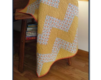 Downloadable pdf baby quilt pattern - Z is for Zig Zag baby quilt pattern - easy baby quilt pattern