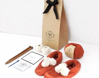 Beginner's Pom Pom Slippers Knitting Kit, Learn to Knit DIY Set, Cozy Bed Socks, Level Easy+